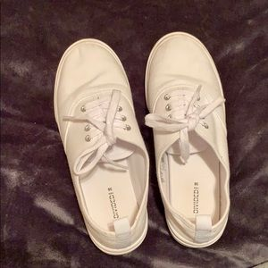 H&M WHITE SNEAKERS SIZE 7